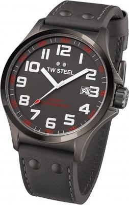 TW Steel Herrenuhr mit Lederband Modell Pilot 48 MM Durchmesser Datum TW-421